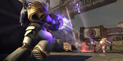 Online multiplayer, showing 5 different Space Marines attacking each other