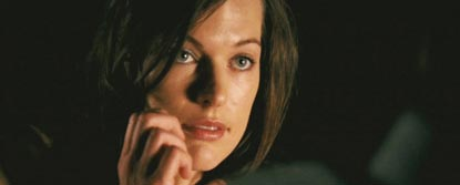 Lucetta Creeson Played By Milla Jovovich On A Mobile Phone