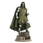 Sideshow Collectibles Marvel Fantastic Four Dr Doom Figure