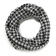 Impulse Women's Dogtooth Snood - Black/White