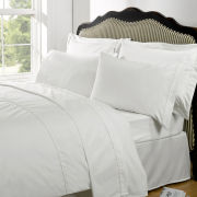 Highams 100% Egyptian Cotton Plain Dyed Fitted Sheet - White