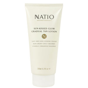 NATIO SUN-KISSED GLOW GRADUAL TAN LOTION (200ML)