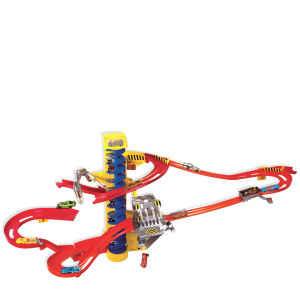 Hot Wheels Wall Tracks Mega Set