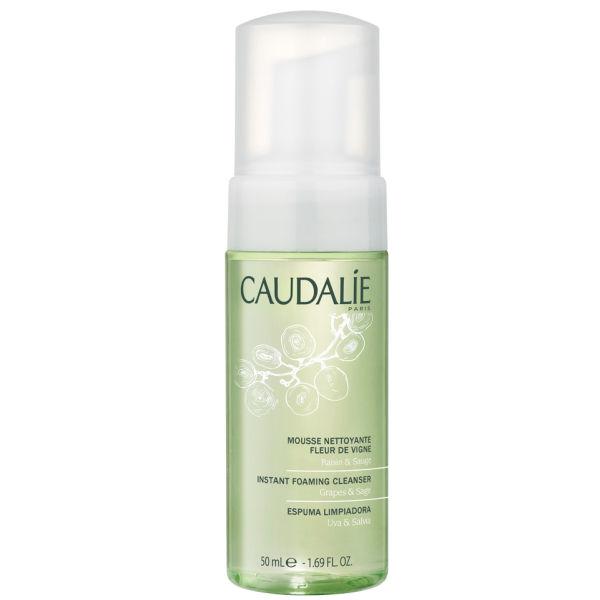 Limpiador facial espumoso limpiador y claro de la piel sensible