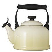 Le Creuset Traditional Kettle with Whistle 2.1L - Almond