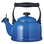 Le Creuset Traditional Kettle with Whistle 2.1L - Marseille Blue
