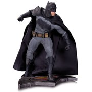 DC Collectibles DC Comics Batman Vs. Superman Dawn of Justice Batman Statue