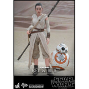 Hot Toys Star Wars The Force Awakens Rey and BB-8 1:6 Scale Figures