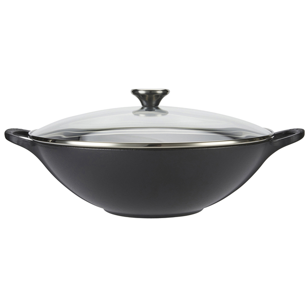 le creuset cast iron wok with glass lid 32cm satin black iwoot. Black Bedroom Furniture Sets. Home Design Ideas