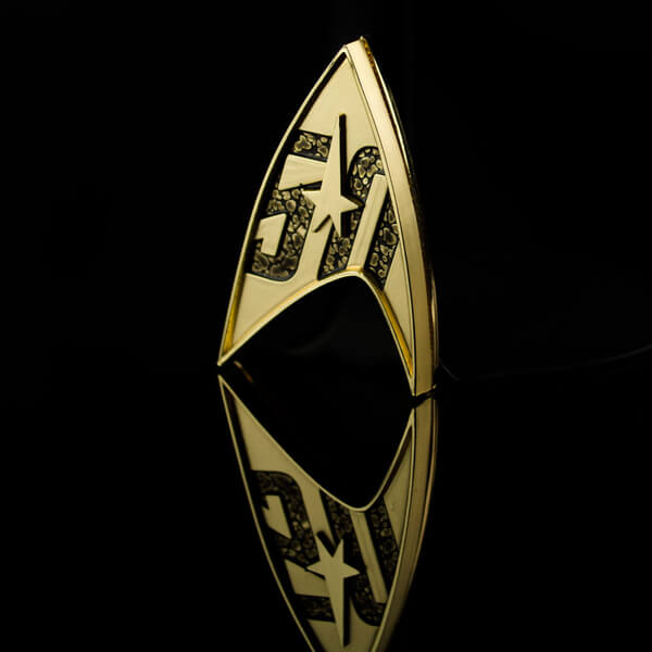 Quantum Mechanix Star Trek 50th Anniversary Magnetic Starfleet Badge 1:1 Scale