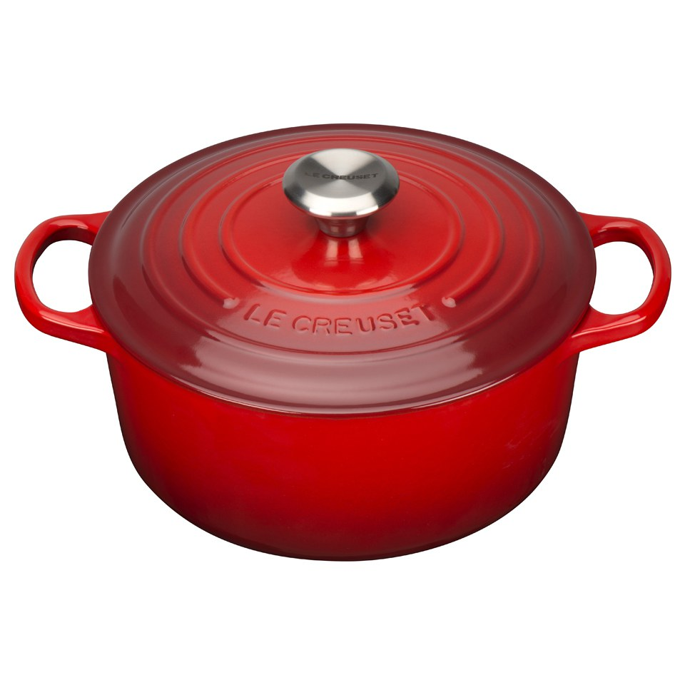 le creuset signature cast iron round casserole dish 24cm cerise iwoot. Black Bedroom Furniture Sets. Home Design Ideas