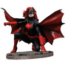Diamond Select DC Gallery Batwoman Comic PVC Figure