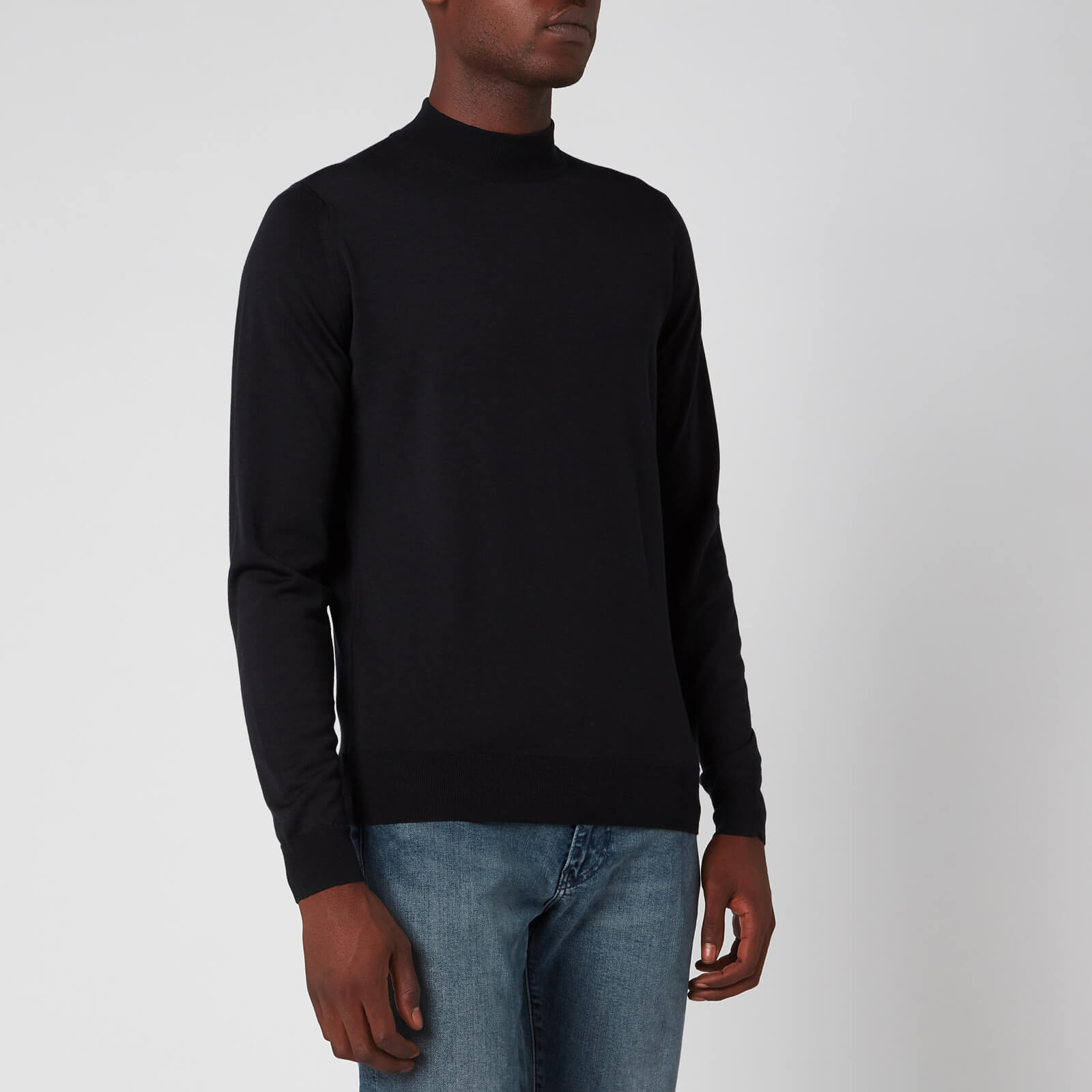 John Smedley Men's Harcourt 30 Gauge Extra Fine Merino Wool Turtleneck Jumper Black