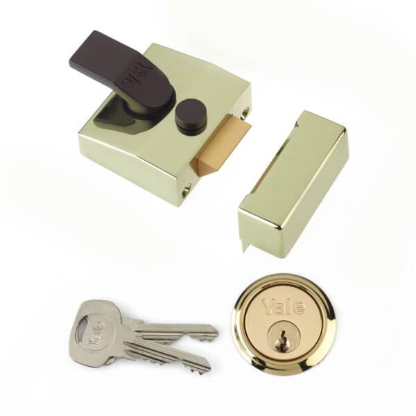 Yale 85 Deadlocking Nightlatch 40mm - Brass
