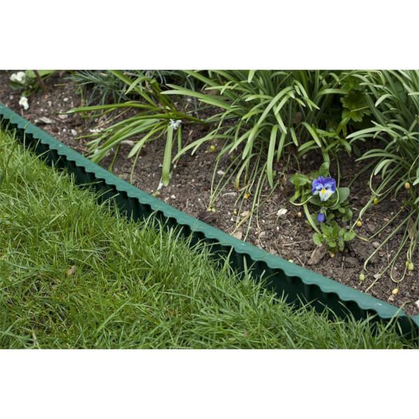 Apollo Green Plastic Lawn Edging