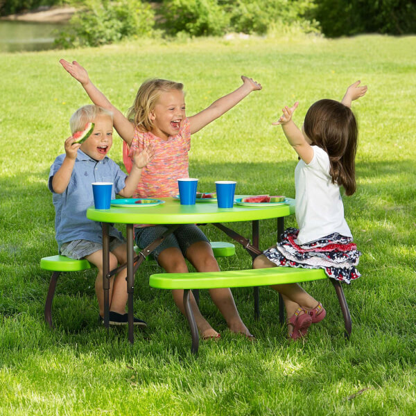 Lifetime Children's Oval Picnic Table - Lime Green - 86.3 x 62.7 cm