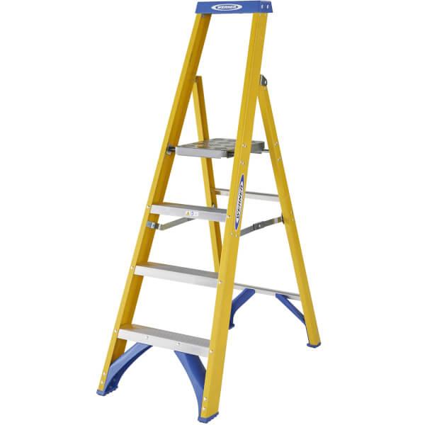 Werner Fibreglass Platform Step Ladder - 4 Tread