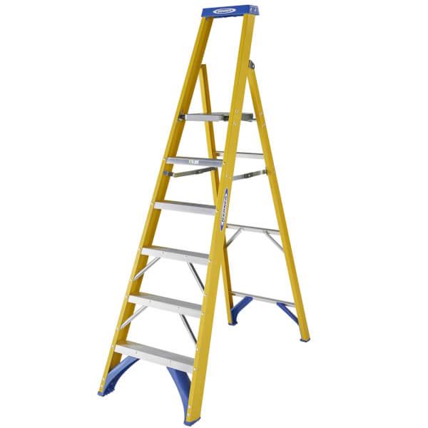 Werner Fibreglass Platform Step Ladder - 6 Tread
