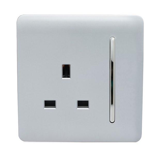 Trendi Switch 1 Gang 13 amp Plug Socket in Screwless Silver