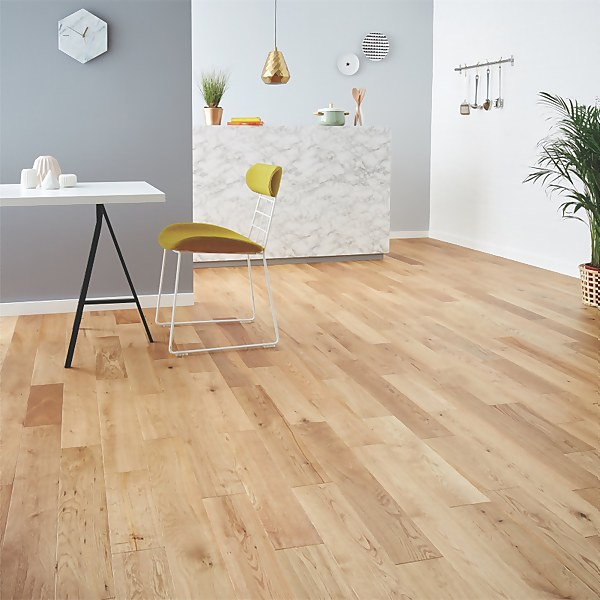 Solid Wood Rural Oak Flooring