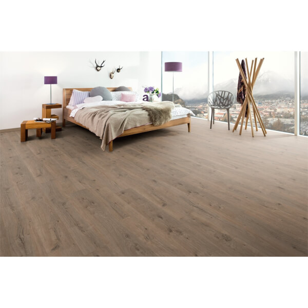 EGGER HOME Laminate Flooring 8mm - Murom Oak nature