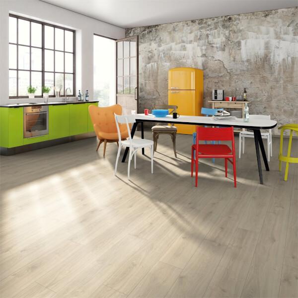 EGGER HOME Aqua+ Waterproof Adelboden Oak 8mm Laminate Flooring