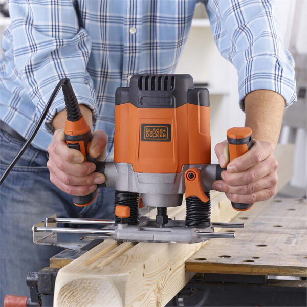 BLACK+DECKER 6.35mm 1200W Corded Plunge Router with Accessories (KW1200EKA-GB)