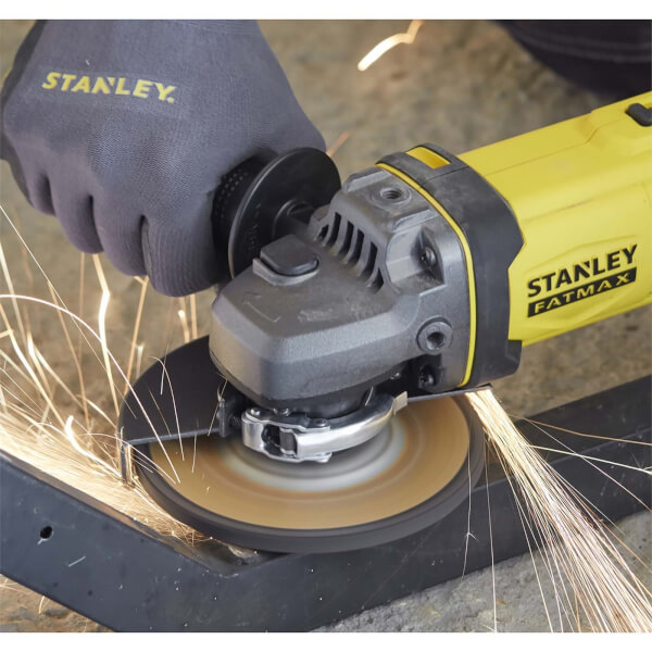 STANLEY FATMAX V20 18V Cordless Angle Grinder with Kit Box (SFMCG400D1K-GB)