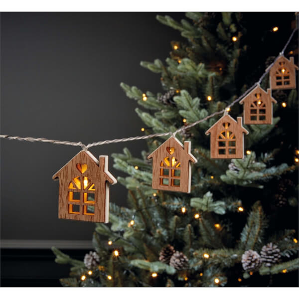 10 Wooden House String Lights (Battery Operated)