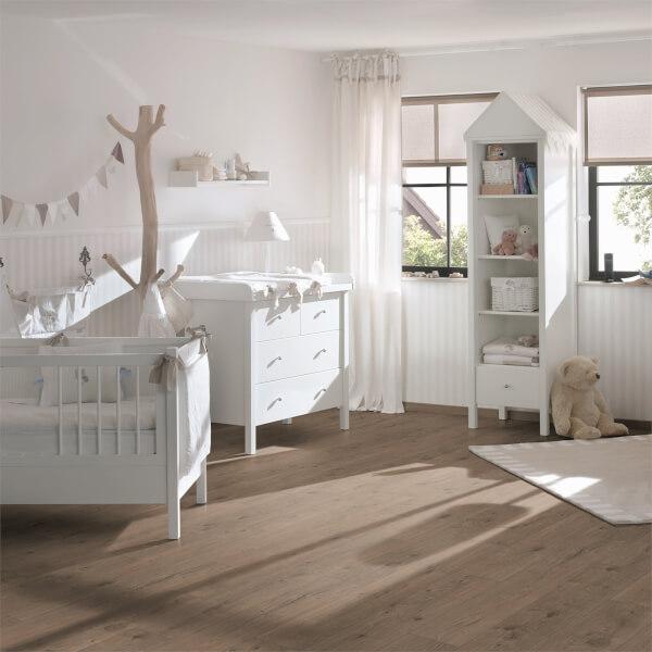 EGGER HOME Murom Oak 10mm Laminate Flooring