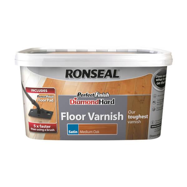 Ronseal Perfect Finish Diamond Hard Floor Varnish Medium Oak - 2.5L