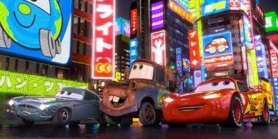 Finn McMissile, Mater et Lightening McQueen
