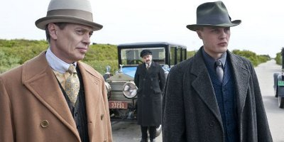 Still of Steve Buscemi and Michael Pitt
