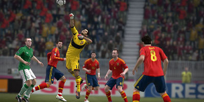 spain keeper making save