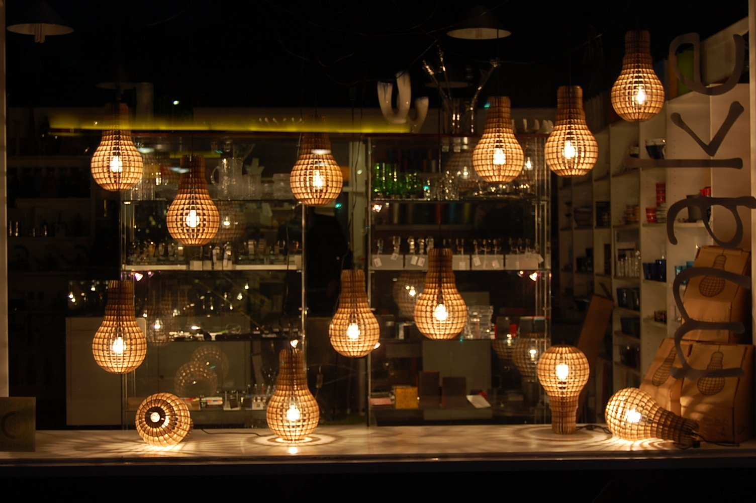 Wooden Bulb Lamp Lots In Window
