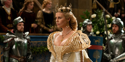 Still of Charlize Théron as Ravenna