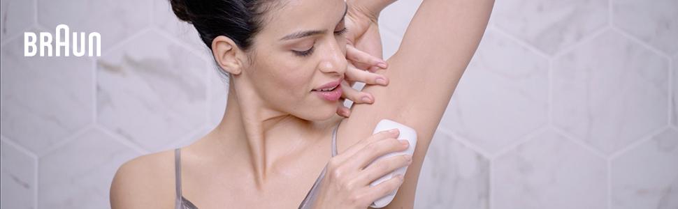 Silk-épil 5 Flex Epilator, Woman Shaving