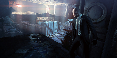 agent 47 looking over building