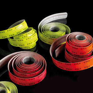 Fizik Superlight Glossy Handlebar Tape With Logo - Fluo Pink
