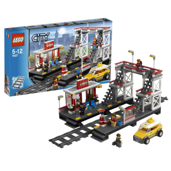 LEGO City: Train Station (7937) Toys | TheHut.com