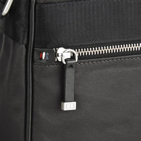 e46f559e553 Tommy Hilfiger Men's Coated Canvas Darren Reporter Cross Body Bag - Black:  Image 3