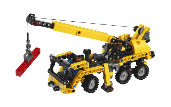 LEGO Technic: Mini Mobile Crane (8067)