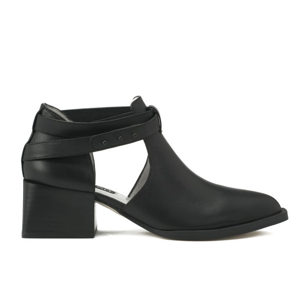 Senso Women's Macey I Side Cut Out Leather Heeled Ankle Boots - Black