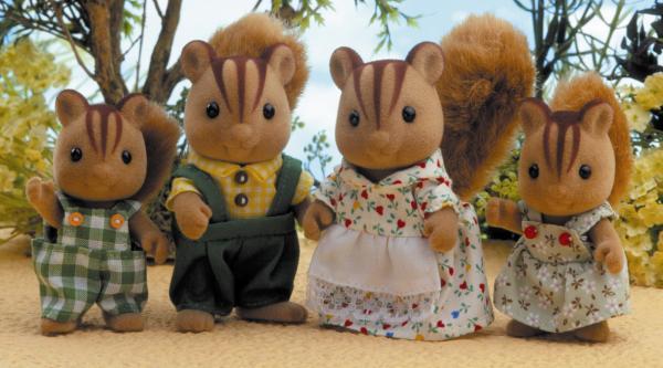 Sylvanian Families Squirrel Family Toys Thehut Com