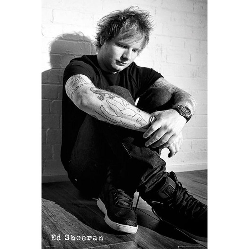 ed sheeran sit maxi poster 61 x my geek box. Black Bedroom Furniture Sets. Home Design Ideas