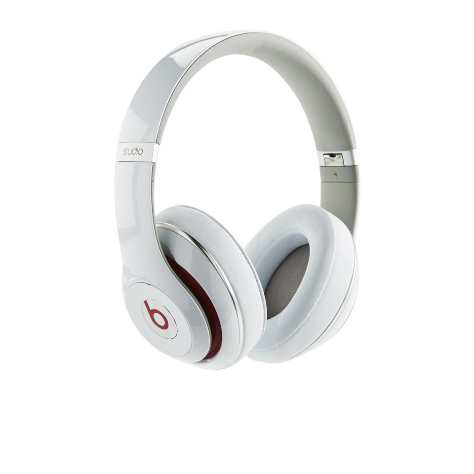 e872a452672 Beats By Dr Dre: Studio 2.0 Noise Cancelling Headphones with RemoteTalk -  White. Description
