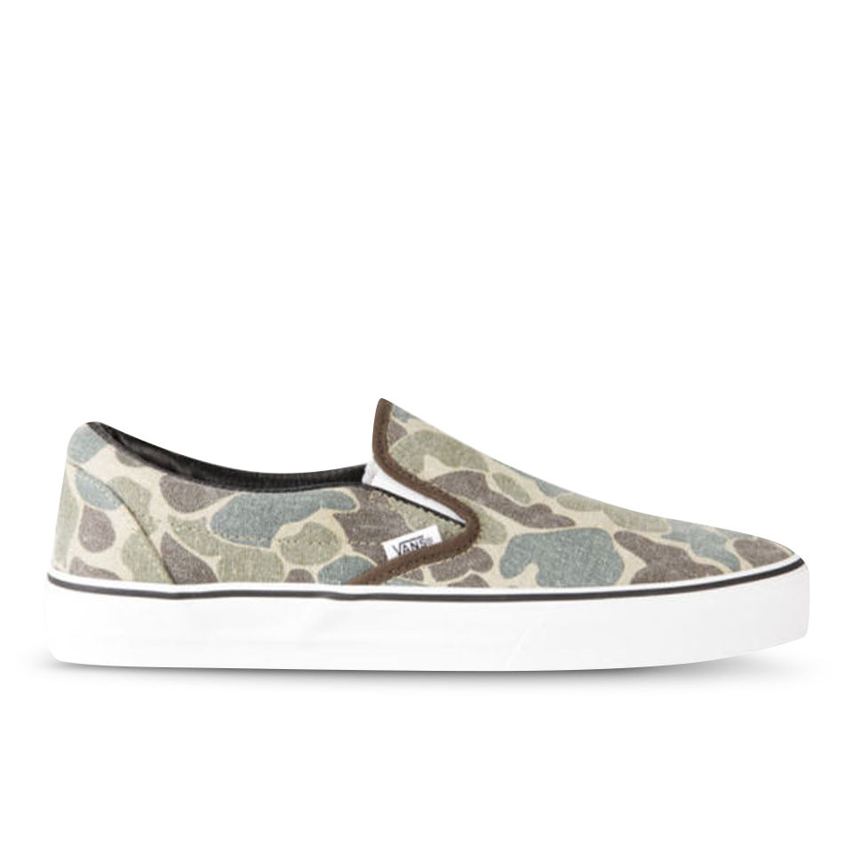 d6e652f903748b Vans Men s Classic Slip-on Van Doren Trainers - Camo Mens Footwear ...