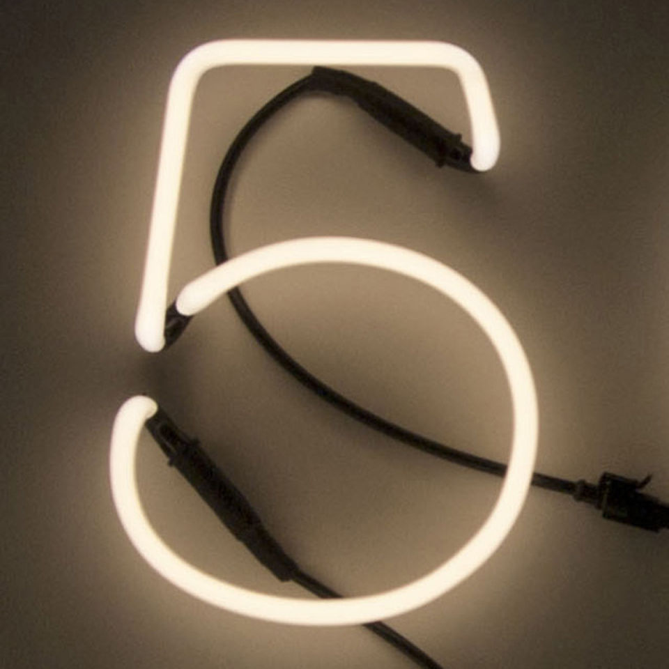 seletti neon font shaped wall light 5 free uk delivery. Black Bedroom Furniture Sets. Home Design Ideas