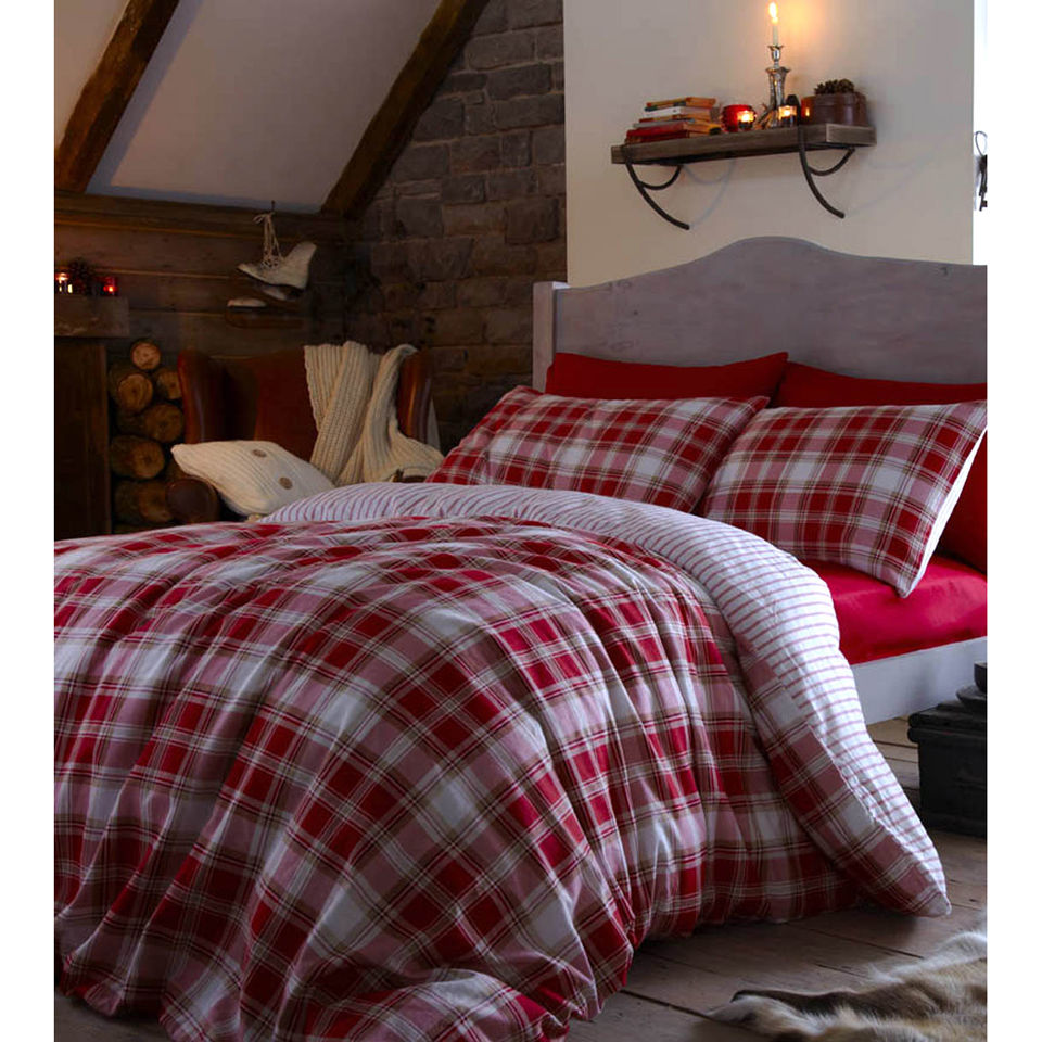 Catherine Lansfield Tartan Duvet Cover - Red