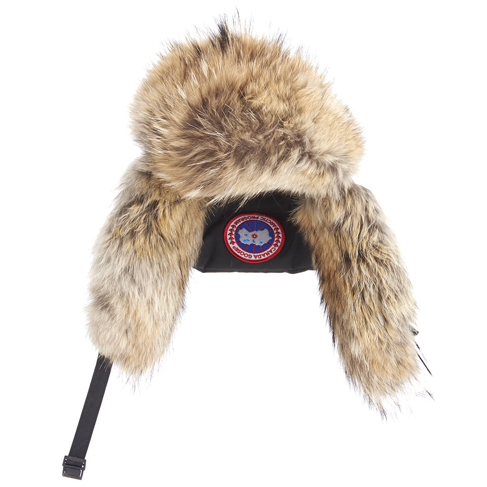 f1b9ec9a536791 Canada Goose Women's Aviator Coyote Fur Hat - Black - Free UK ...